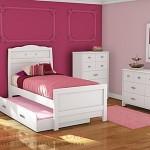 Set Tempat Tidur Anak Perempuan