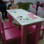 Model Meja Makan Hello Kitty Minimalis MJ-MM86